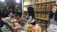 Penjual Kue Pasar Senen